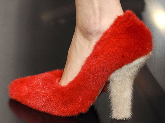celine-paris-fashion-week-spring-summer-2012-fur-shoe-1