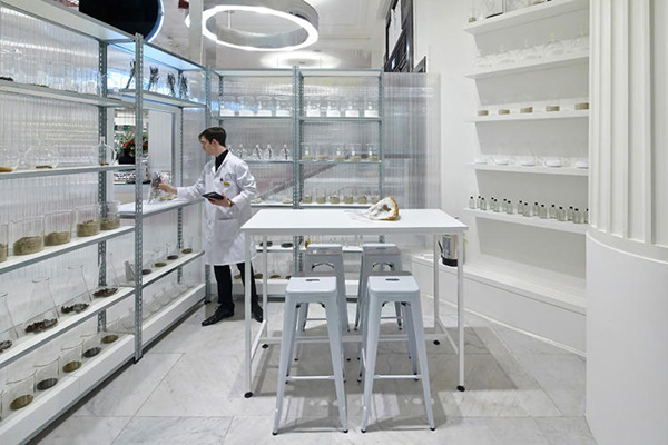 Selfridges Fragrance Lab