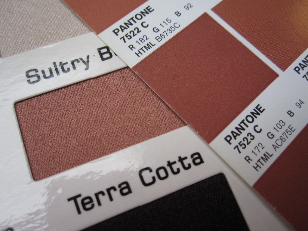 Marsala 2015 Color in Mystique Satin