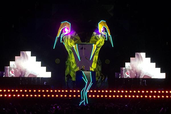 Corona_Festival_Stage_Design_Agua (3)